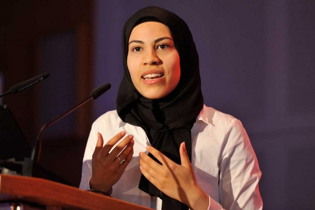 Nemi El-Hassan hält die Eröffnungsrede am Samstag, 4. Juli 2015 auf der Jahreskonferenz von nr; Foto: R. Hünerfauth